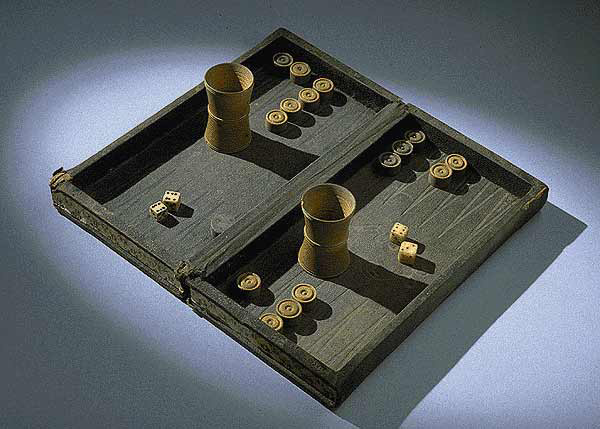 A backgammon set from the American Civil War.